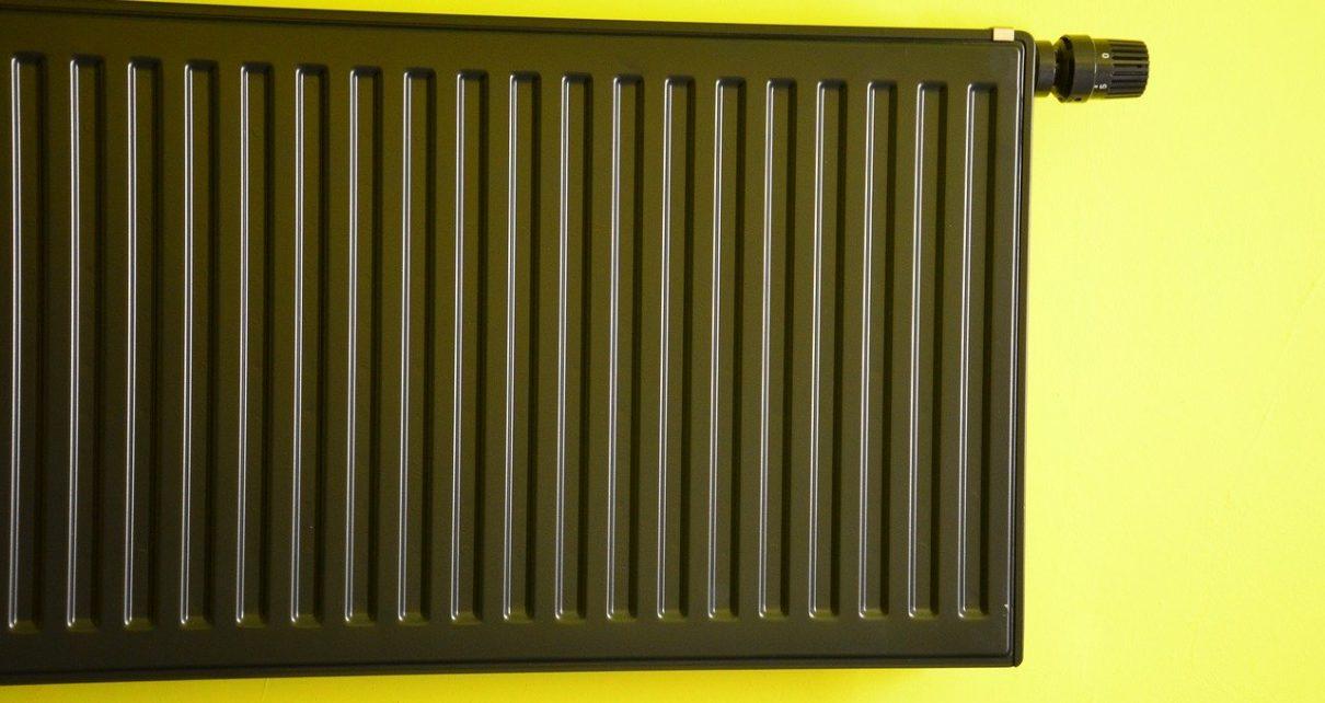 cacher radiateur avec de la décoration